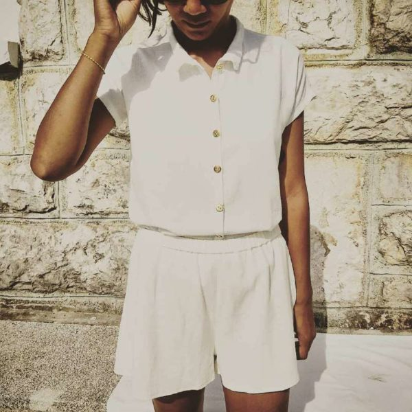 chemise-alix-vetement-femme-createur-couture-annecy-pretaporter-devant-piscine