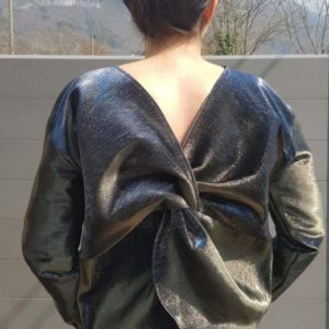 pull-chick-vetement-femme-createur-annecy-pretaporter-couture-tissu-brillant-dos