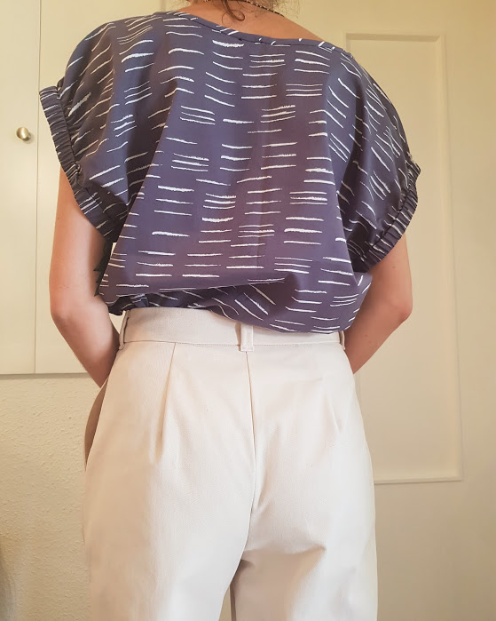 teeshirt-loomi-vetement-femme-coton-anthracite-motif-createur-couture-annecy
