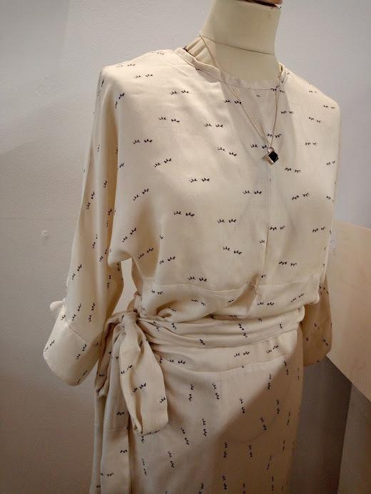 vetement-femme-robe-kim-createur-annecy-detail-couture