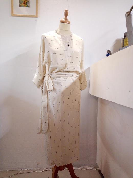 vetement-femme-robe-kim-devant-couture-annecy