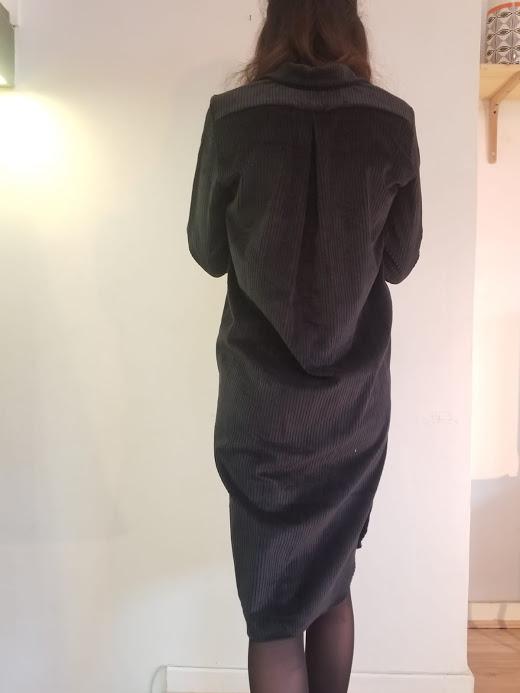 vetement-femme-robe-velvette-createur-annecy-pretaporter-chemise-dos-velours