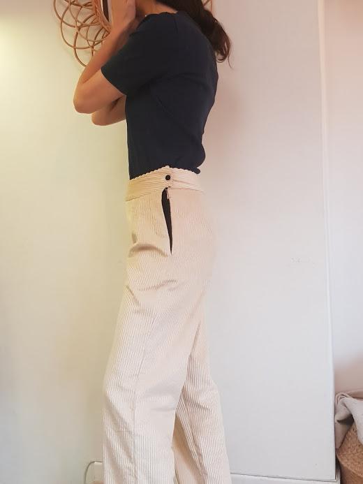 vetement-femme-pantalon-velours-vetement-femme-createur-annecy-pretaporter-profil